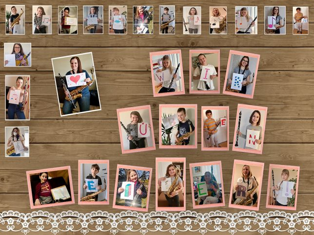 """Plakat mit Fotos von SchülerInnen von Susanne Matkovits, die je einen Buchstaben des Satzes """"Wir üben weiter"""" in die Kamera halten"""